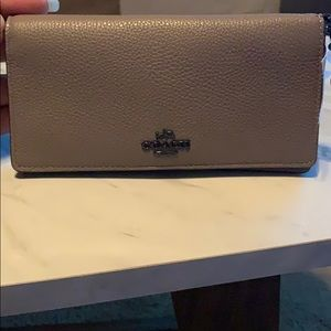 brand new gray coach pebble wallet